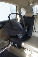 BABY DAN Auton Istuinsuoja